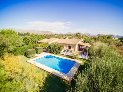 Photo for Alluring Villa Flor for 6 guests, just 4km to the beach!