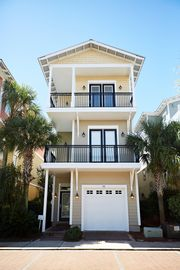 Graceland by the Sea-Close To Beach Front Row On 30A, Private Hot Tub, Gulf View