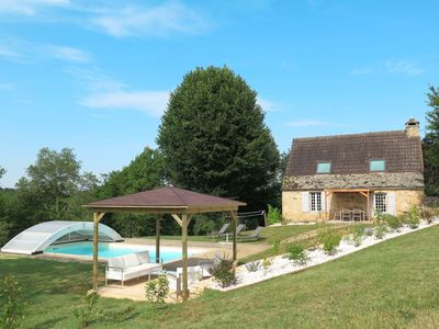 Photo for Cosy apartment in villa for 6 guests with WIFI, private pool, TV, balcony, pets allowed and park...