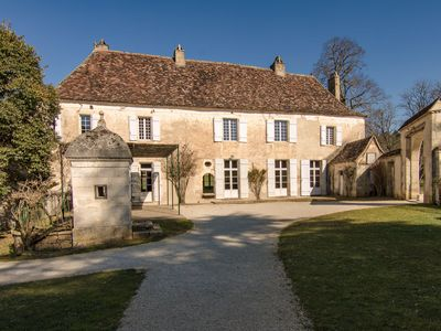 Photo for Luxurious Mansion with Swimming Pool in Aquitaine