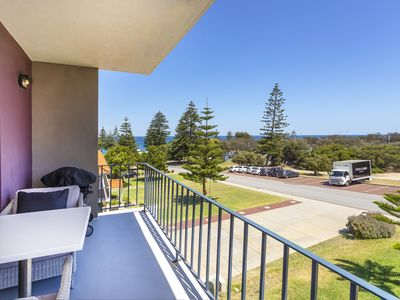 Photo for Cottesloe Marine Apartment