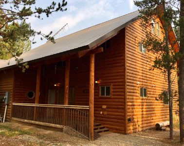 Photo for Edelweiss Lodge-Sleeps 21, -WiFi- 30 minutes to Yellowstone- Family Friendly