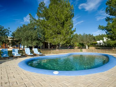 Photo for BEAUTIFUL HOUSE WITH GARDEN AND POOL