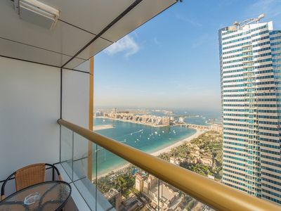 Photo for Elegant and huge penthouse on high floor with sea view in Dubai Marina