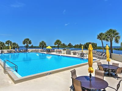 Photo for Magnificent 2BR Hudson Condo w/Gulf Front Views!