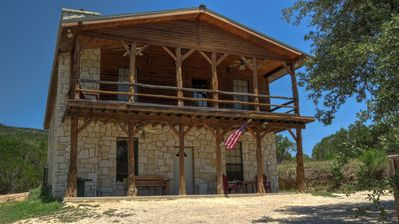 Photo for Come relax with your family and friends on the Frio River