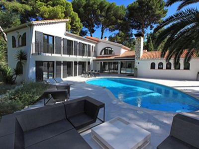 Photo for Villa Chenes Verts - Villa for 8 people in Antibes