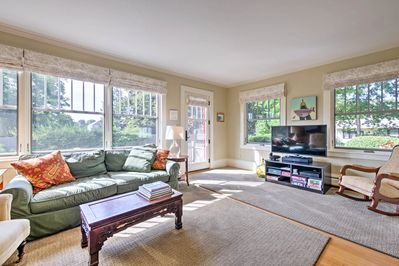 The beautiful interior boasts accommodation for 8 and 2,170 square feet.