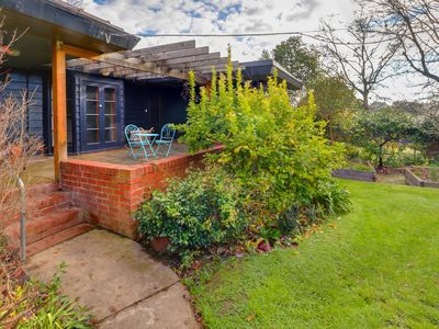 Photo for Mansfield Property Set In Beautiful Gardens