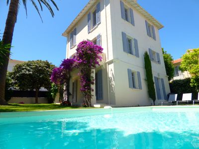 Photo for Beautiful villa with private heated pool