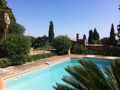 Photo for Villa pool & garden with panoramic views of the sea and Monaco
