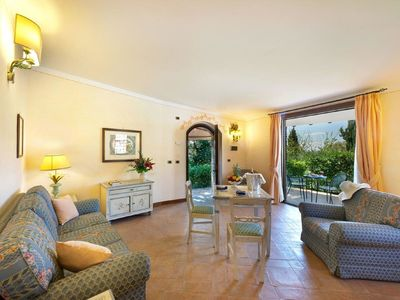 Photo for Opulent Holiday Home in Collazzone with Swimming Pool