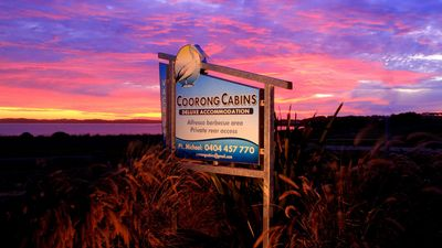 Photo for Coorong Cabins (Wren) - Deluxe Accommodation