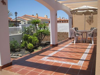 Photo for Luxury 2 Bedroom Bungalow With Communal Pool & Wifi On Golf Resort