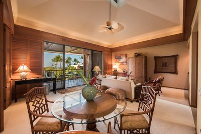 Beautifully furnished villa with vaulted ceiling and soffit lighting