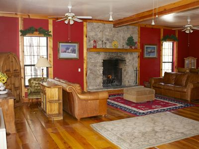 Photo for 11 Bedrooms, 4200 sq ft, sleeps 22+, spacious, NO hidden fees, Great for Groups!