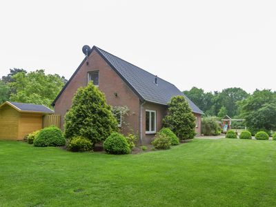 Photo for Holiday home in a rural location in Vessem, North Brabant, with sauna and hot tub