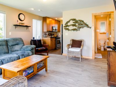 Photo for Rock Lobster Cottage ~ Pet-friendly and a GREAT location!!!