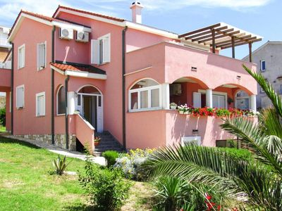 Photo for Fortune apartments, Novalja  in Pag - 8 persons, 3 bedrooms