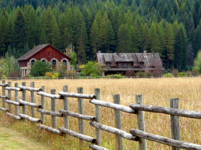 Photo for Stunning Mountain Ranch for 31 Guests!   Weddings, Reunions & Corporate Retreats