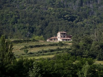 Photo for Vacation country house with pool on a Umbrian hill surrounded by forests