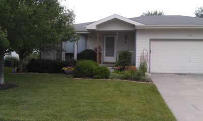 Comfortable 3BR home in SW Lincoln. Close to downtown! Self Check In, sleeps 8