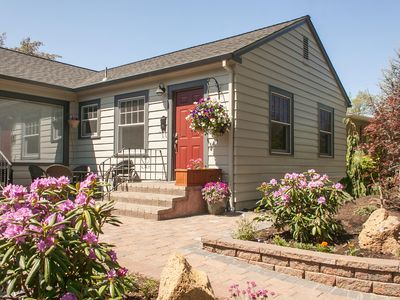 Photo for Drake Park Cottage- Across the street to Mirror Pond, Walk everywhere!