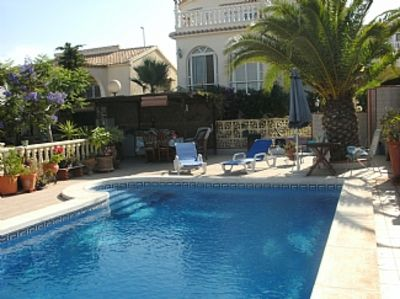 Photo for Detached 2 Bedroom Villa With Private Pool