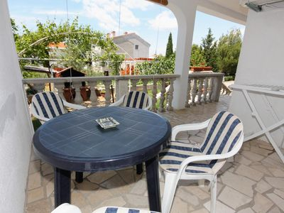 Photo for One bedroom apartment with terrace Punat (Krk)