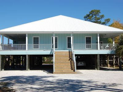 Photo for Family Tides is a gorgeous Orange Beach DUPLEX Rental with three bedrooms.