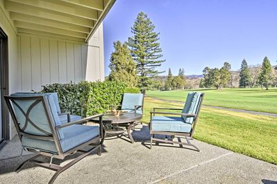 Explore wine country from this remodeled 1-bed, 1-bath vacation rental condo!