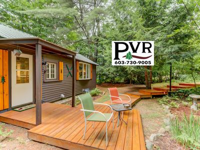 Cozy Cottage w/ Cable, WiFi!, Patio w/ Grill & AC - Walk to N.Conway Village!