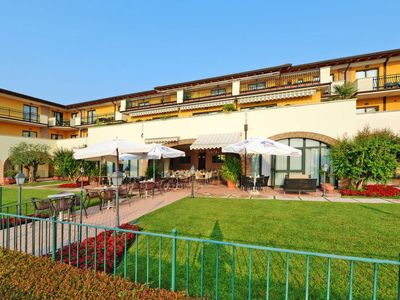 Photo for Apartment Residence Le Terrazze sul Lago (DES159) in Desenzano - 2 persons, 1 bedrooms