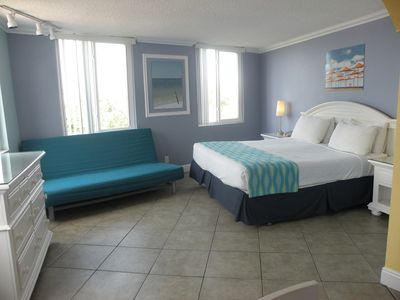 Affordable Efficiency in the Heart of Clearwater Beach#417 - Best Rate on the Beach!