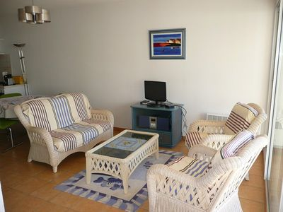Photo for Beautiful apartment T3 in the center of Sanary