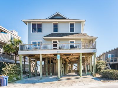 Spacious Oceanfront / Creekfront Pawleys Island Beach House with Dock!!! Screend Porches, Amazing Views, Great Fishing!