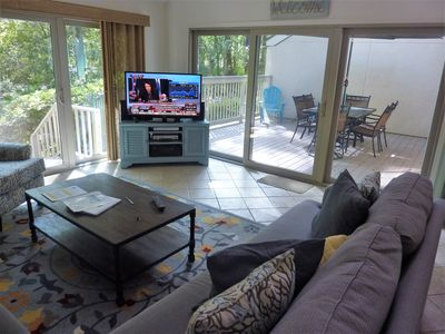 Photo for Seapines,central location,walk to beach,free bikes,tennis,WIFI, on site pool