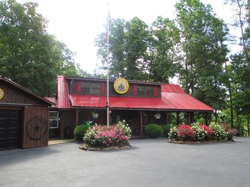 Pine Paradise Resort**Don't miss out on this place!**