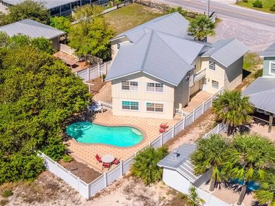 Photo for Tuckered Out - Grayton Beach, Prime Location, 30A, Private Pool, Pet Friendly!