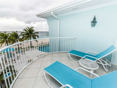 Photo for Beautiful rental on Seven Mile Beach | Beachfront Condo #17