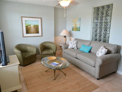 Photo for Isle Of Palms Condo, Steps from the Beach, Shops, Restaurants & Bars, Free Wifi