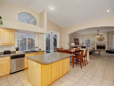 Photo for Sprawling Gilbert 5 bdr 1 story +pool +patios +guesthouse available