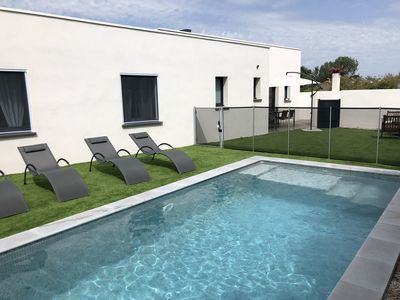 Photo for 3 Villas'O'M'E Perezlocation in Cap d'Agde, swimming pool, 100m from the Mediterranean Sea