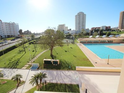 Photo for Excellent T2 - 200 meters from Praia da Rocha - maximum 6 People