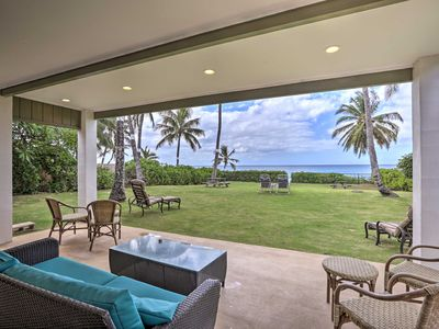 Photo for Hawaiian Beachfront House w/ Yard, Lanai & Views!