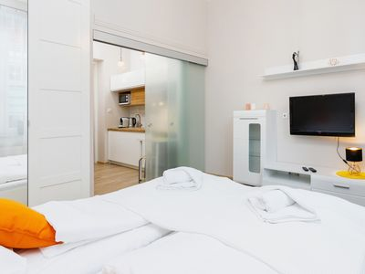 Photo for Apartment in Cracow Topolowa 48/8 | Wi-Fi, Cable TV