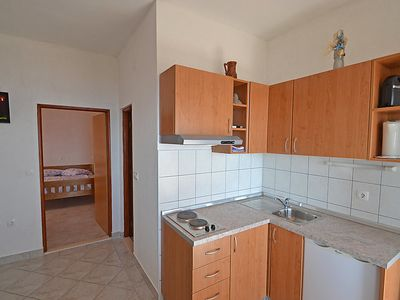 Photo for Apartment Mirjana in Starigrad-Paklenica - 4 persons, 1 bedrooms
