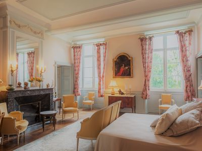 Photo for Family Suites at Château d'Estrac: Jurançon and Bordeaux
