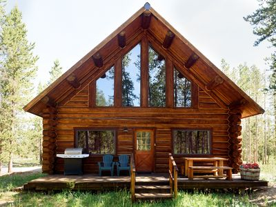 Photo for Iron Creek Log Home - The Perfect 'Cabin In The Woods'