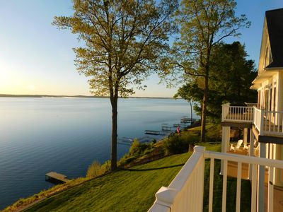 Photo for Lake-Front Luxury   5Bdrm on Kentucky Lake   JZ Vacation Rentals